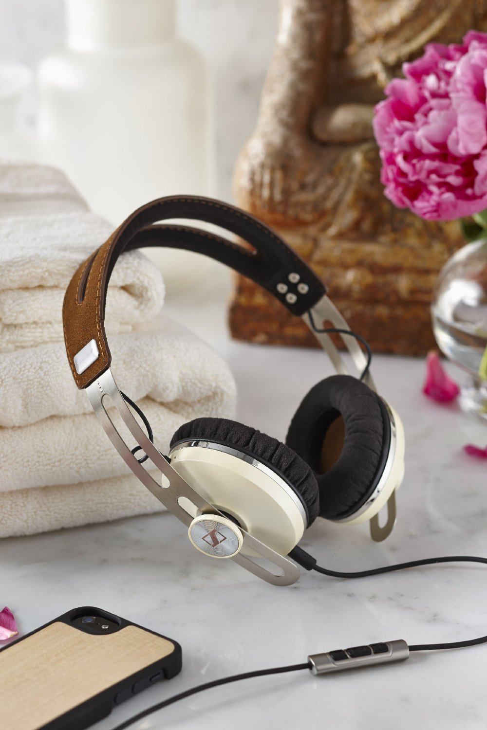Sennheiser Momentum On-Ear Ivory 6
