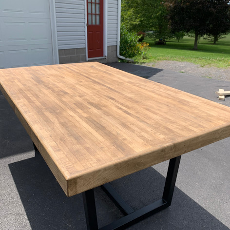 Matte polurethane in the Sun Bowling Alley Table