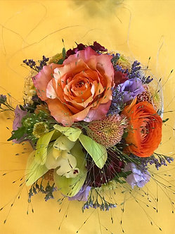 Blumengesteck saisonal