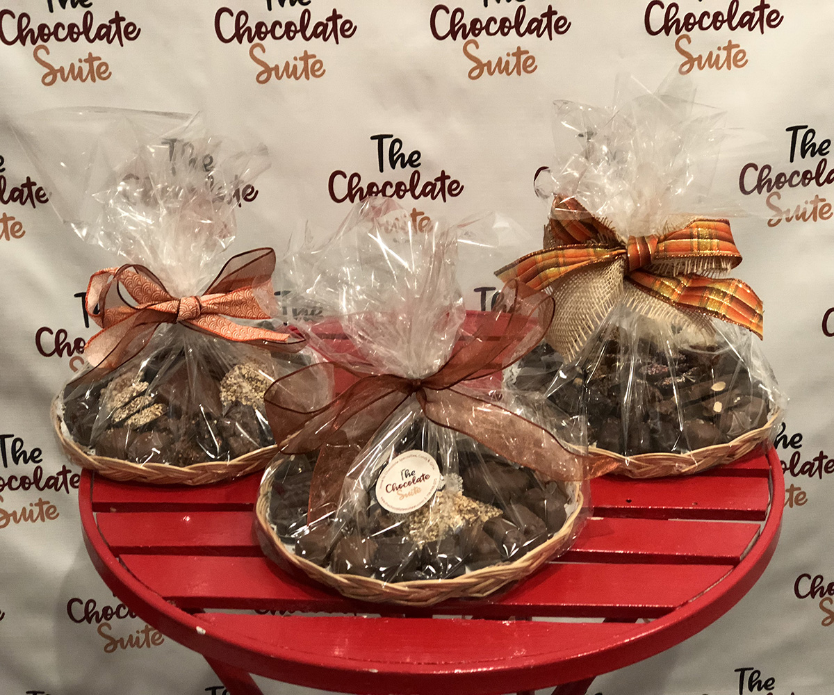 THE CHOCOLATE SUITE GIFT PLATTER RESIZED