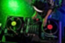 DJ PLATINES.jpg