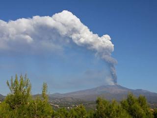 Etna attivitá vulcanica