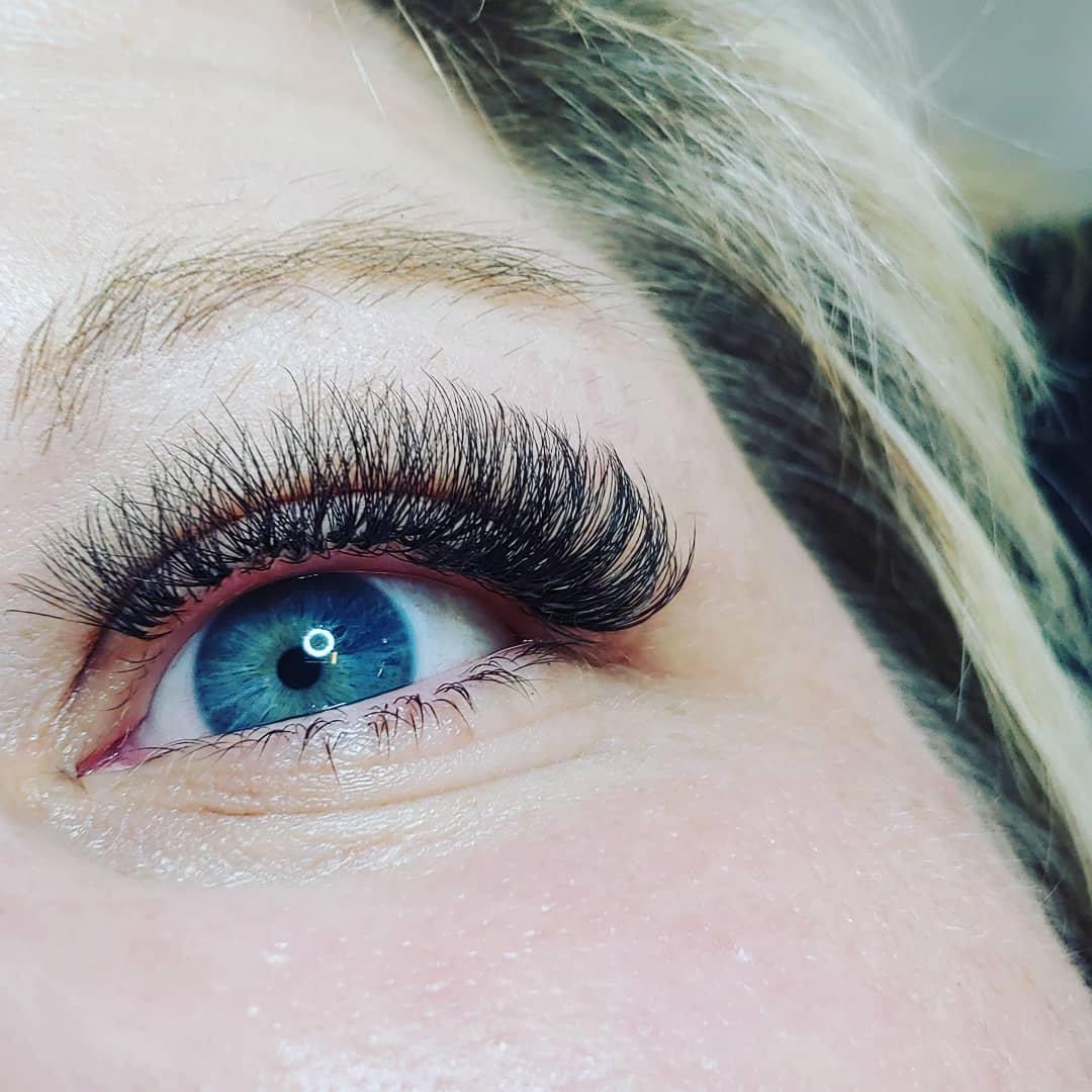 Volume Eyelash Extensions FILL