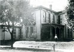 703 W Main - historic  photo-001