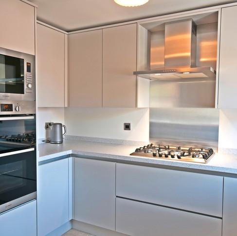 Bright Minimalist Kitchen