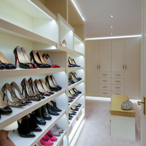 Fully Bespoke Walk-In Wardrobes