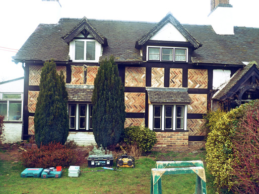 RESTORING LISTED BUILDINGS