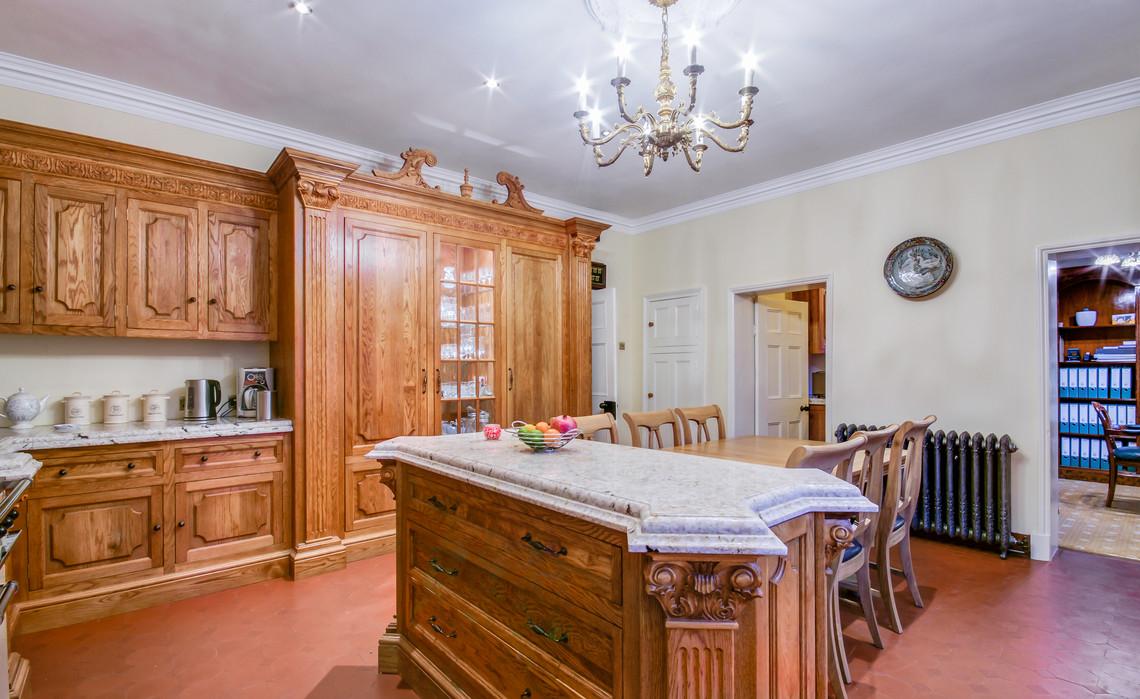 LC Kitchen 4.jpg