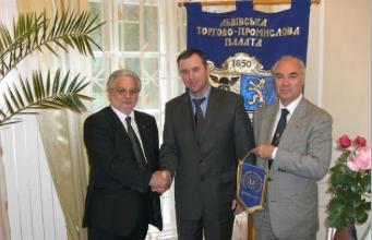 UCEENEWS - GIUGNO 2009 - INCONTRO CON IL PRESIDENTE DELLA CCIAA DI LVIV.