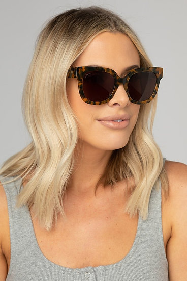 Heather Oversized Brown Sunglasses (Buddy Love)