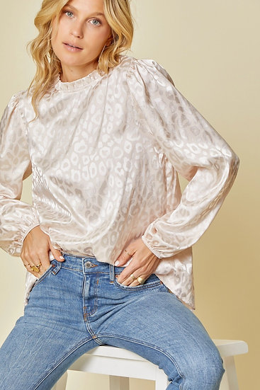 Win You Over Champagne Leopard Top