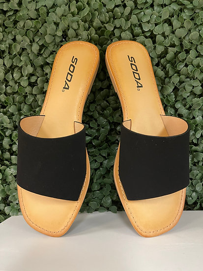 Look Sharp Black Sandal