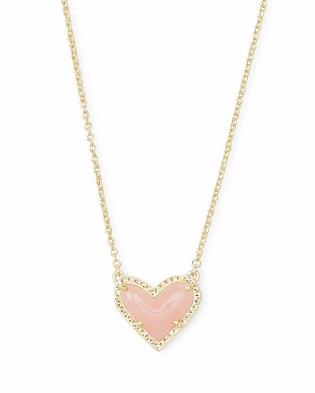 Ari Heart Gold Pendant Necklace In Rose Quartz
