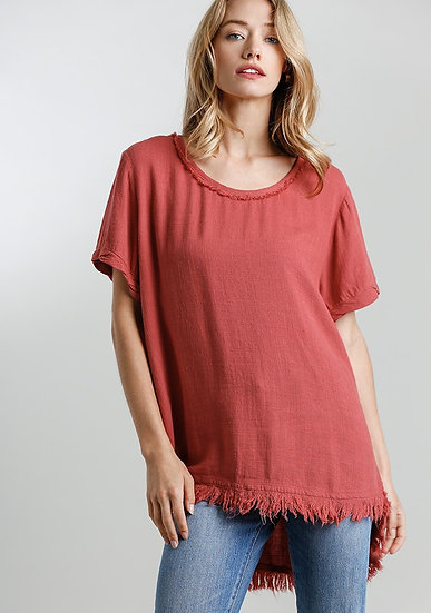 Round Neck Short Sleeve top with Hi-Lo Fishtale Frayed Hem - Red Clay