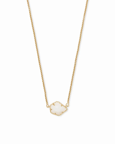 Tess Gold Pendant Necklace In White Pearl