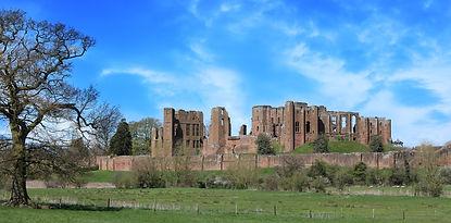 castle-1346106_1920.jpg