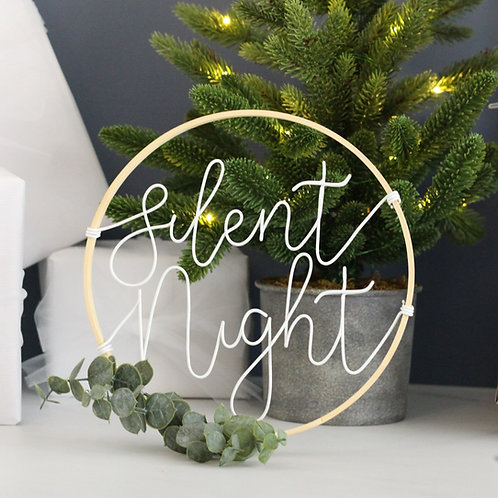 Silent Night Wreath 22cm