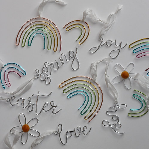 Springtime Wire Word Decorations