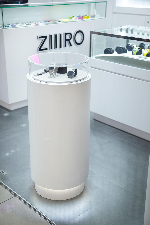 ZIIIRO7.jpg