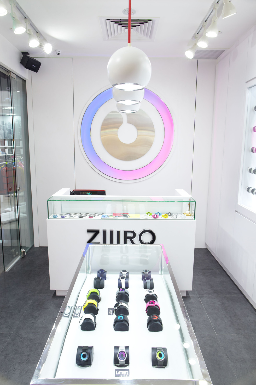 ZIIIRO3.jpg