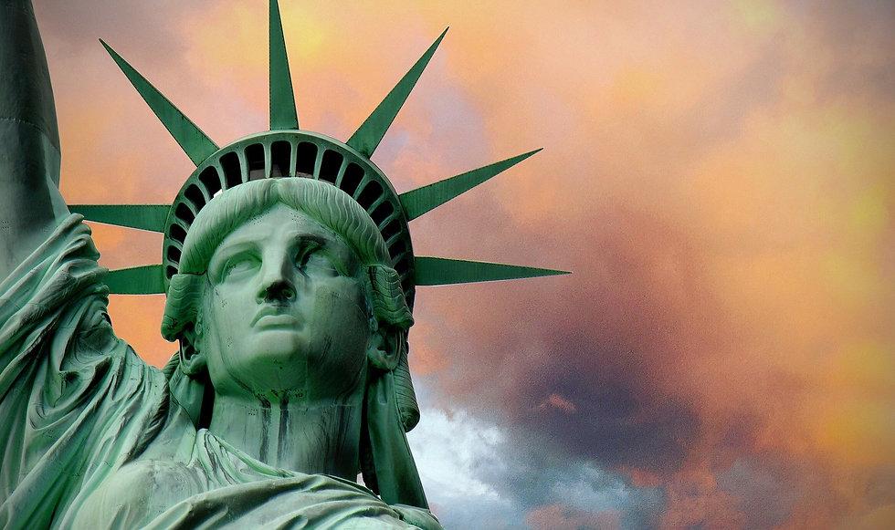 statue-of-liberty-2327760_1920.jpg