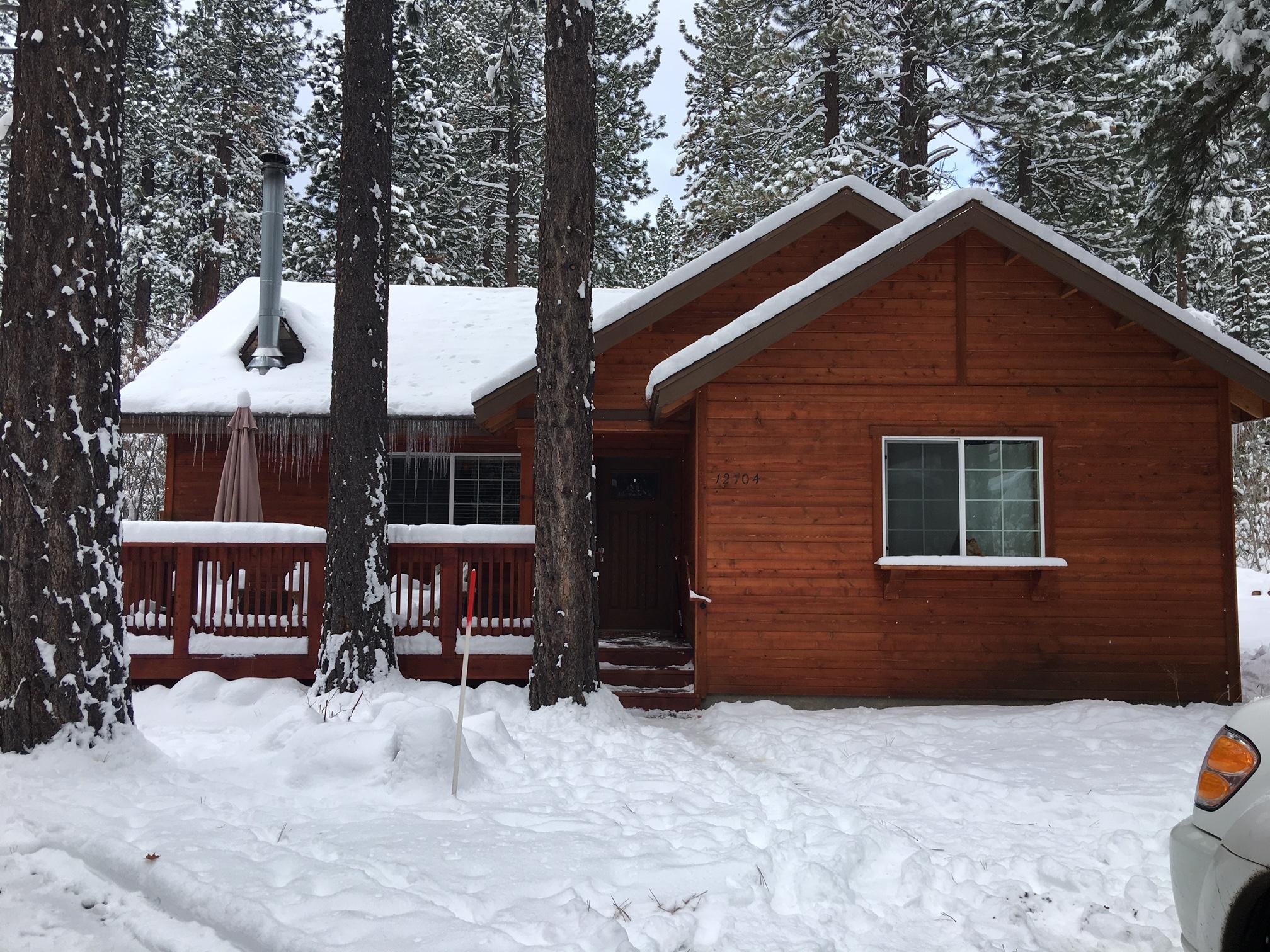 Tahoe13Snow2