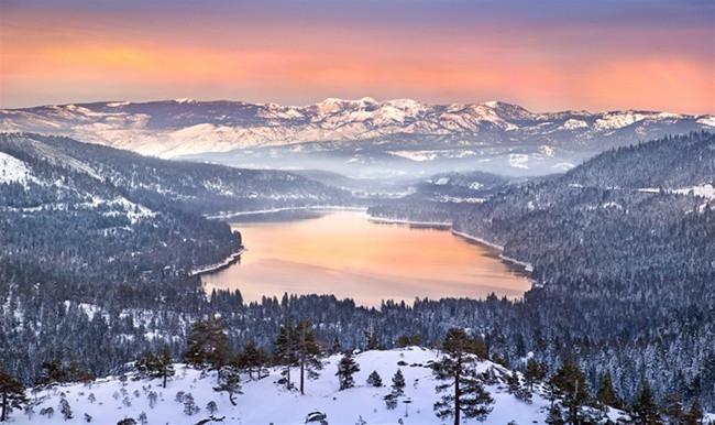 Donner Lake winter, vacation rental, Donner Bliss