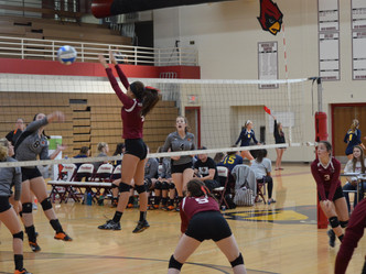 Raider Volleyball Team Finishes 2nd in Portland Invitational