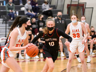 Lady Raiders Advance to District Finals with Win Over Alma
