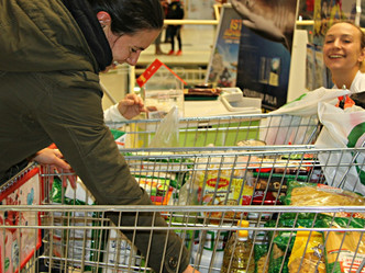 Local Food Bank Offers Community Support