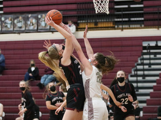 Lady Raiders top Eaton Rapids before loss to East Lansing