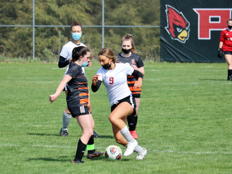 Raider Soccer tops Eaton Rapids, Leslie and Fowlerville