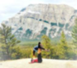 Massothérapie, Massage Thaïlandais, Massothérpie à Québec, Massothérapie en nature, Yoga, Soins Énergétiques, Massage métamorphique, Satya Renaissance, Acroyoga, Acroyoga Québec, Acroyoga à Québec