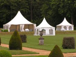 Tentes dans les jardins (2)
