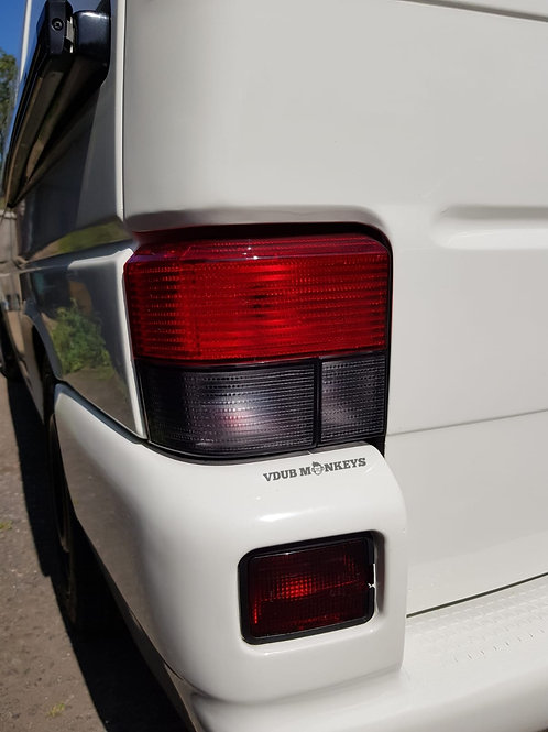 T4 REAR RED/SMOKED LIGHTS