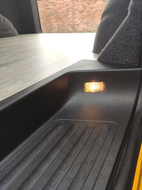 VW T5 T6 GENUINE RAISED DEEP SIDE STEP WITH LIGHT