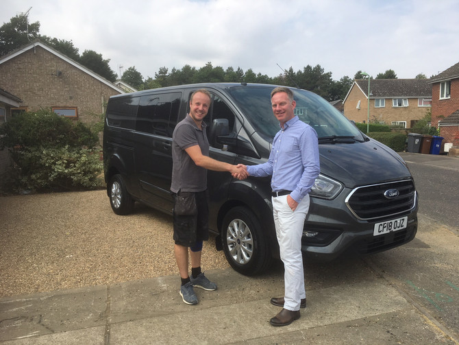 Local tradesman seeing the benefits of leasing