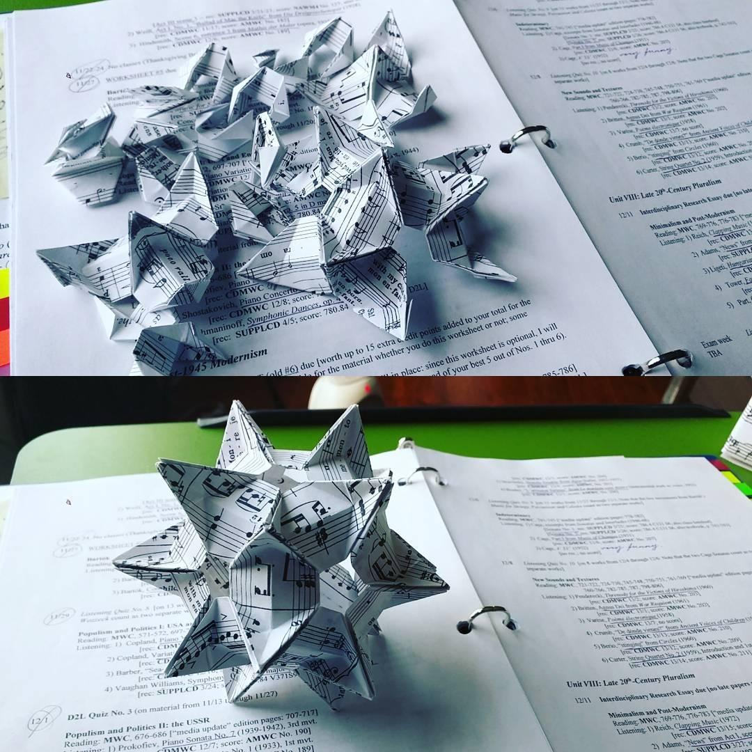 Origami Model: Crystal Star Kusudama