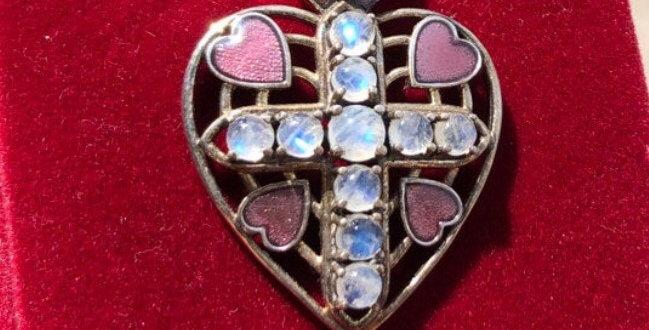 Amazing Nikki Butler handmade necklace