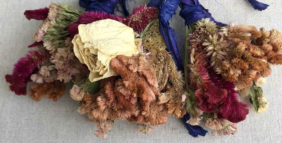 Mini Bundle of dried Organic Flowers