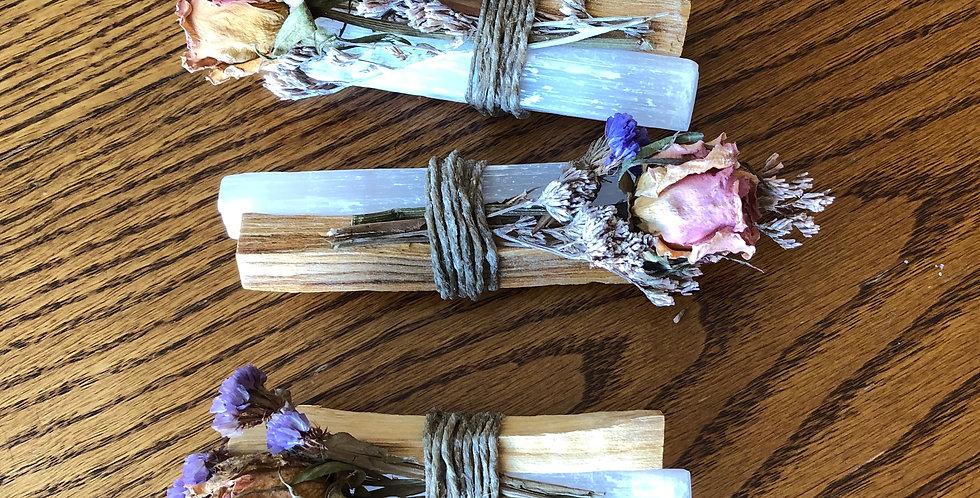 Selenite Palo Santo & Organic flowers Bundles