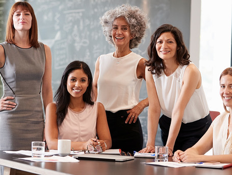 A importância de se cercar de profissionais femininas e empoderar mulheres