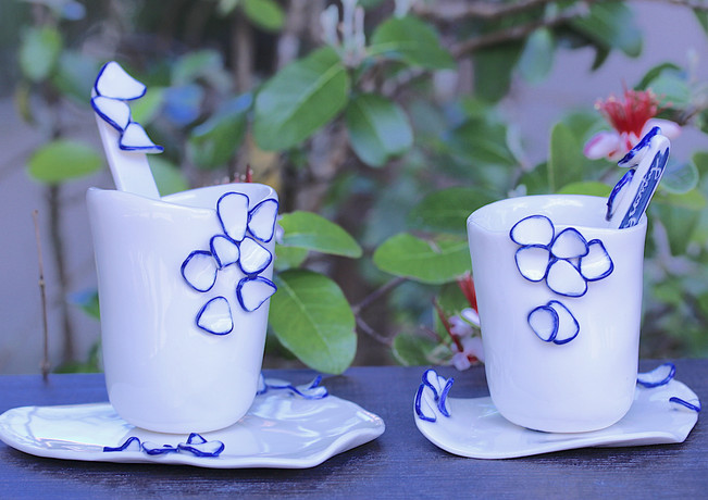 Duo de tasse en porcelaine éclosion.jpeg