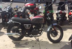 BRIXTON 125 cc