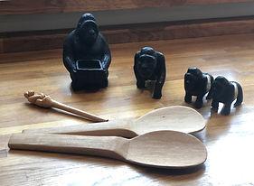 Souvenirs made by POPOF craftsmen