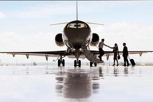 header-boarding-private-jet-meet-pilot-T