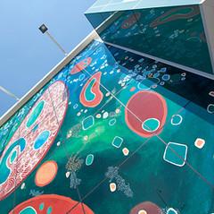 קיר זכוכית מודפס מעולם המים.