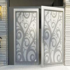 דלת בעצוב צורני, חיתוך אלומיניום בלייזר..