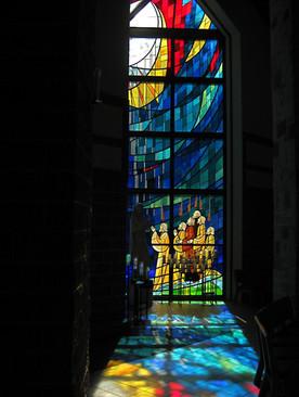 השתקפות בכנסיה