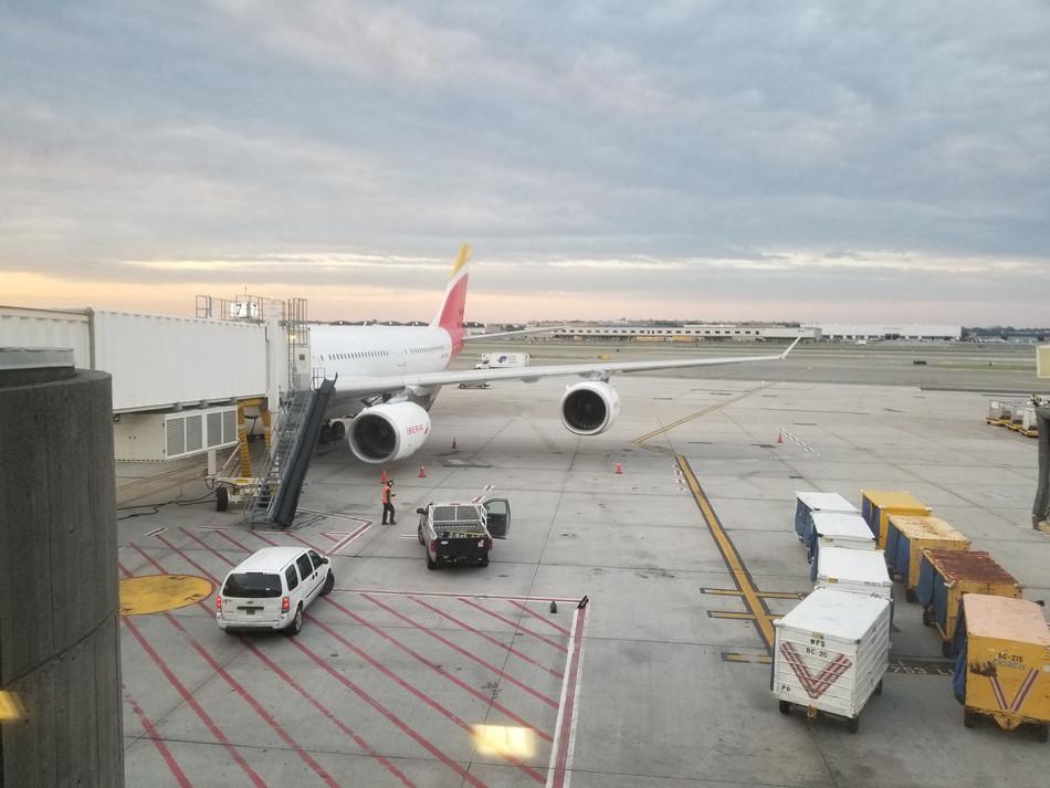 Iberia A340 Business JFK-MAD: Hop Hop Across the Pond